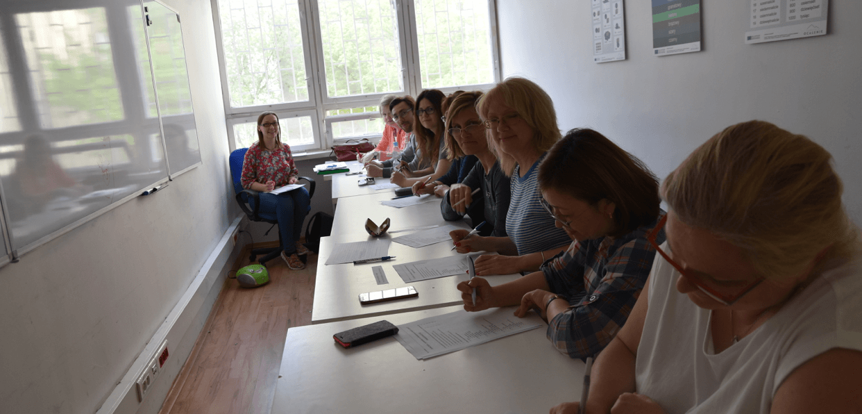 Providing Polish language courses to immigrants